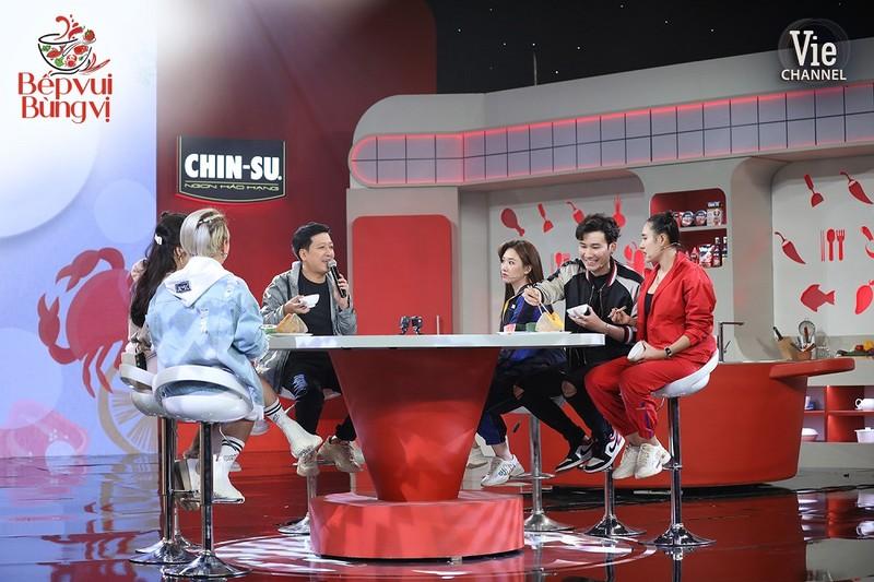 Lâm Vỹ Dạ tiết lộ nhiều hot girl mê Trường Giang - ảnh 7