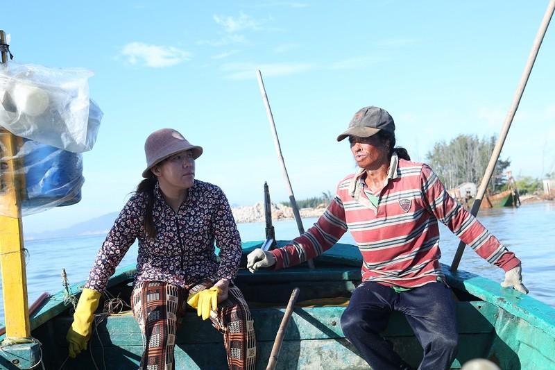 Việt Hương khóc nấc vì nhớ đến người mẹ đã khuất - ảnh 4
