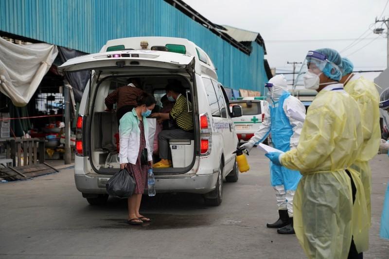 Campuchia ghi nhận số ca tử vong vì COVID-19 cao kỷ lục - ảnh 1