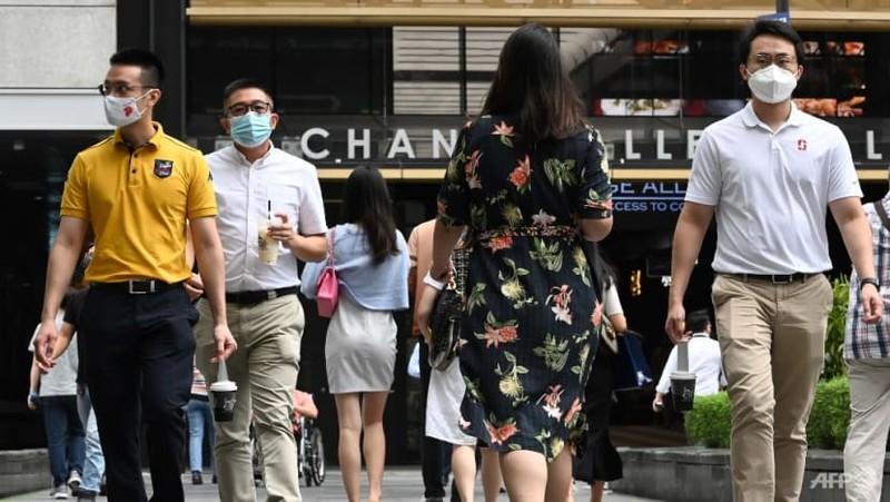 Singapore: Hàng trăm ca nhiễm cộng đồng mới mỗi ngày dù 81% dân số đã tiêm 2 mũi - ảnh 1