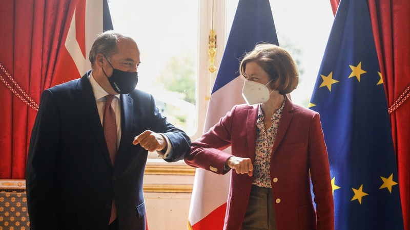 Pháp hủy hội nghị thượng đỉnh quốc phòng với Anh giữa căng thẳng về AUKUS - ảnh 1