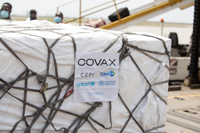 COVAX lần đầu chỉ phân bổ vaccine COVID-19 cho các nước có tỉ lệ phủ thấp nhất - ảnh 1