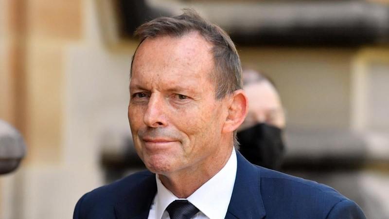 Cựu Thủ tướng Úc Tony Abbott đến Đài Loan giữa căng thẳng tại eo biển - ảnh 1