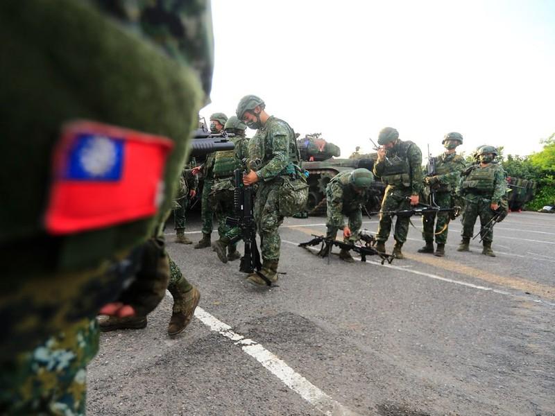 Phản ứng 'nhẹ nhàng' của TQ trước thông tin Mỹ bí mật đưa quân đội đến Đài Loan - ảnh 1