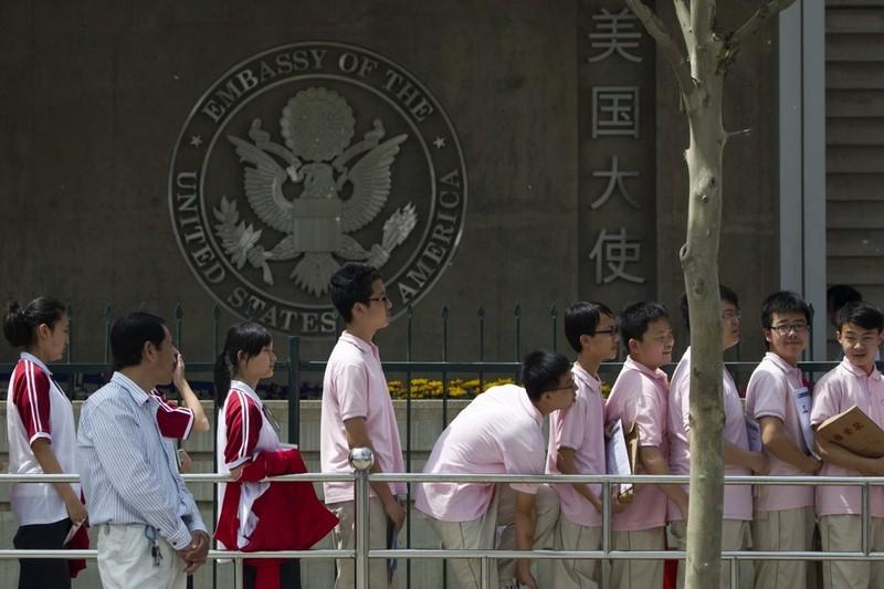 Sinh viên bị 'thẩm vấn liên tục' tại sân bay Mỹ, TQ ra cảnh báo nguy cơ an ninh - ảnh 2