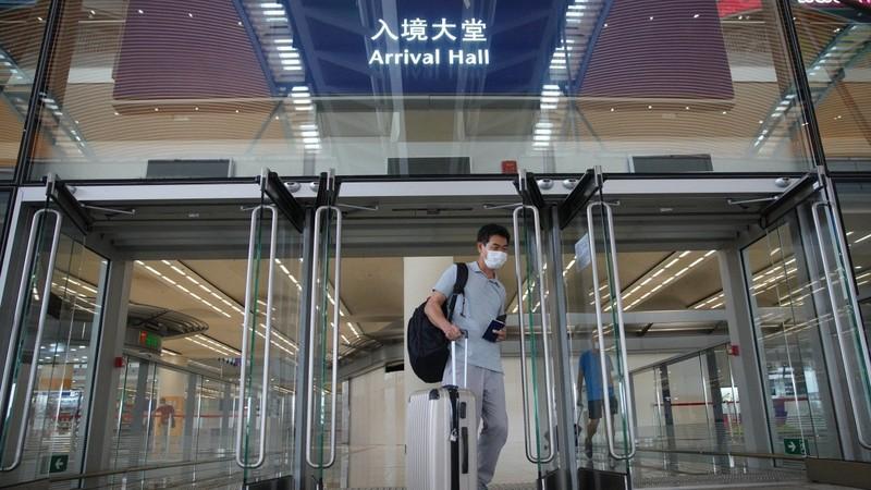 Sinh viên bị 'thẩm vấn liên tục' tại sân bay Mỹ, TQ ra cảnh báo nguy cơ an ninh - ảnh 1