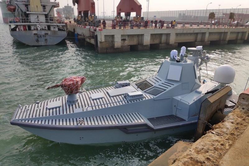 TQ thử nghiệm tàu mặt nước không người lái tại căn cứ hải quân bí mật? - ảnh 2