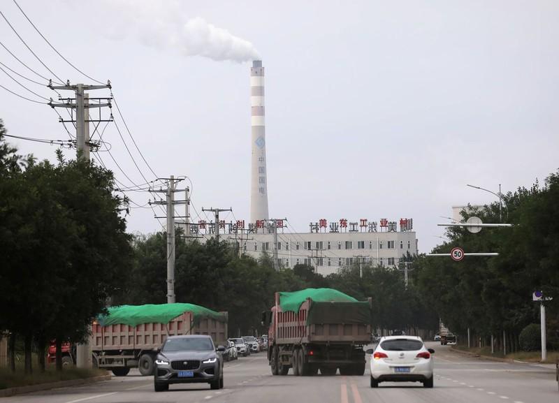 Trung Quốc tự do hóa giá điện than để giải quyết khủng hoảng điện  - ảnh 1