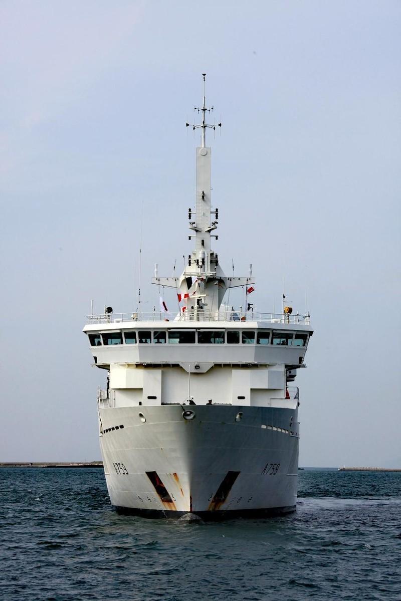 Tàu trinh sát tình báo Pháp quá cảnh eo biển Đài Loan - ảnh 2