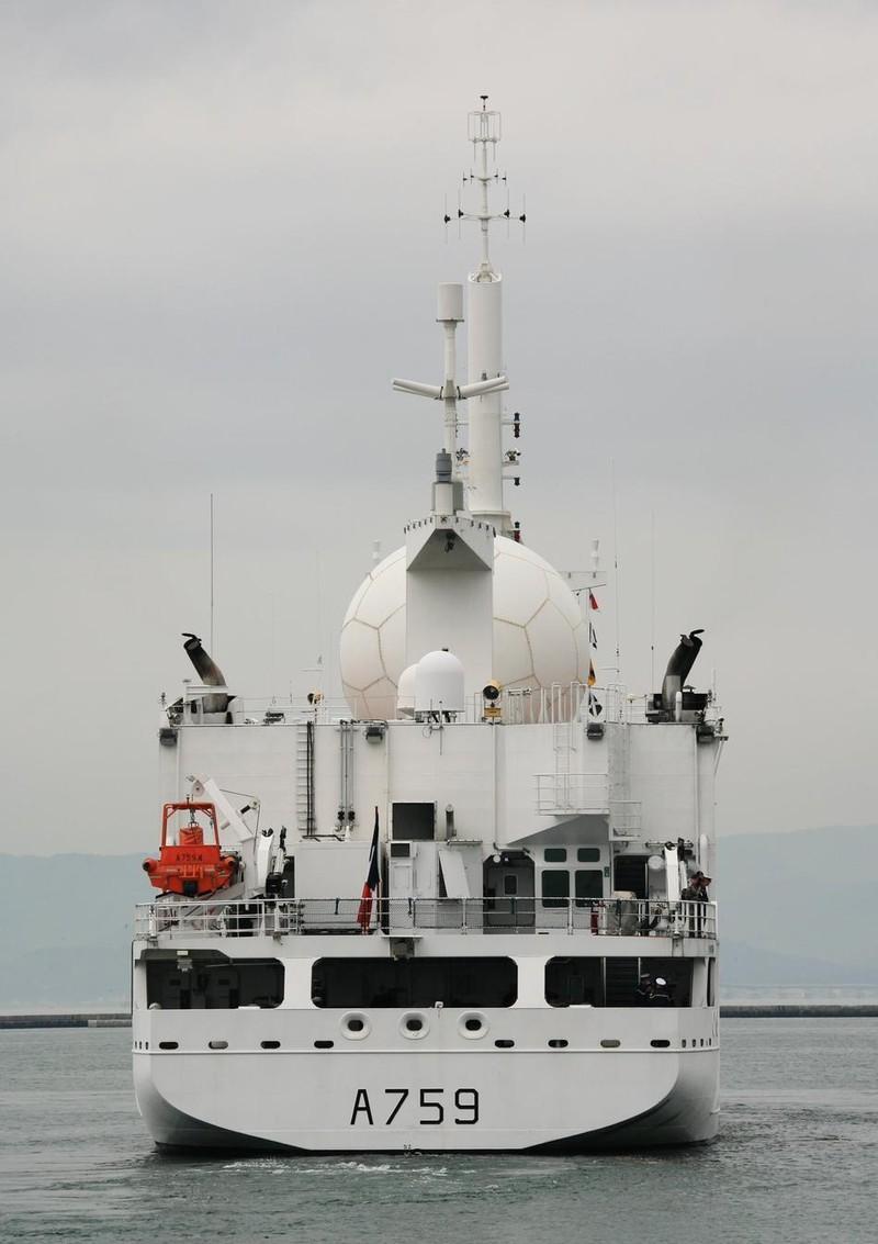 Tàu trinh sát tình báo Pháp quá cảnh eo biển Đài Loan - ảnh 3