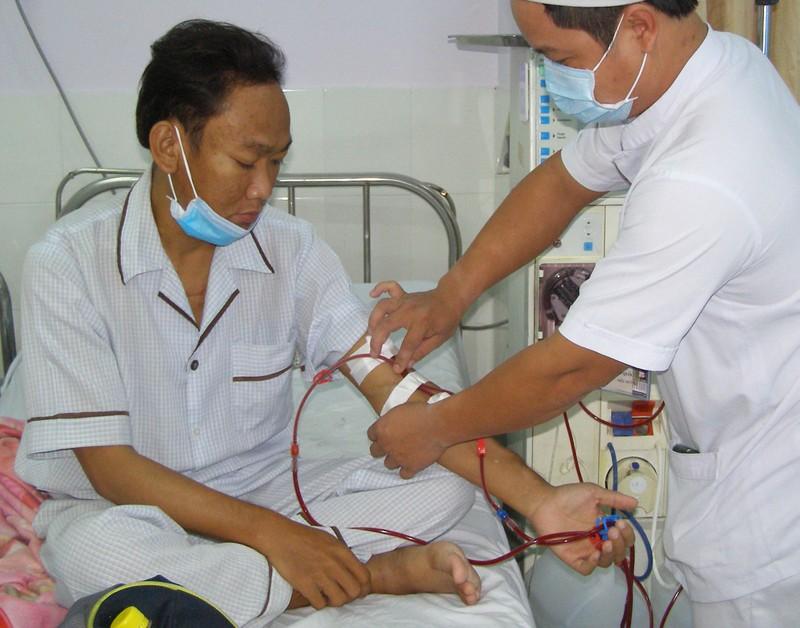 Bệnh nhân khám tại trạm y tế vệ tinh tăng 10 lần - ảnh 1