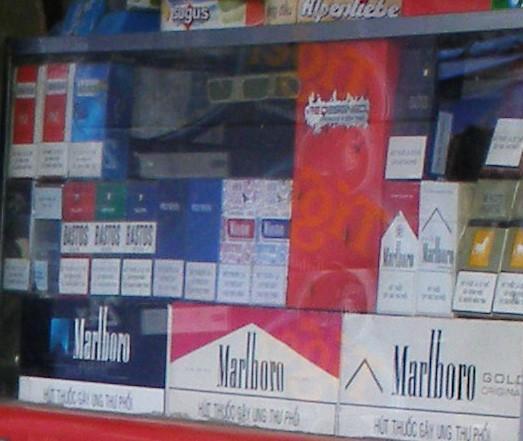 Đề xuất xử lý một đơn vị tổ chức khuyến mãi thuốc lá - ảnh 1