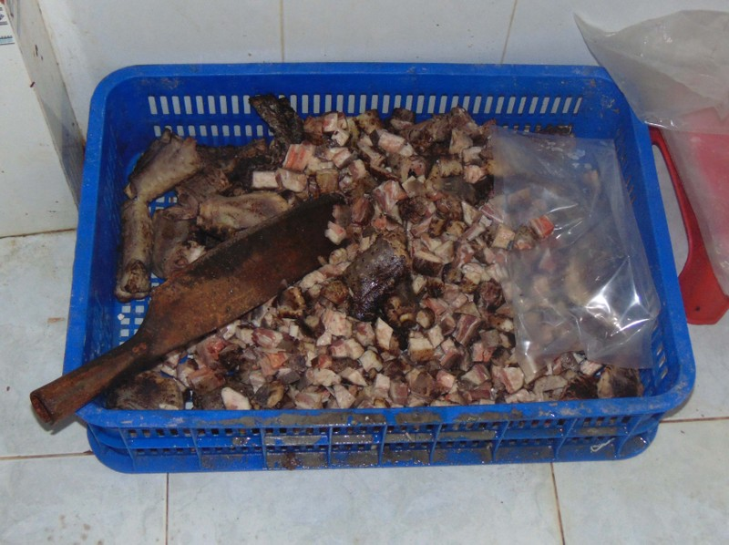Trên 3 tấn thịt không an toàn suýt bán ra thị trường - ảnh 2