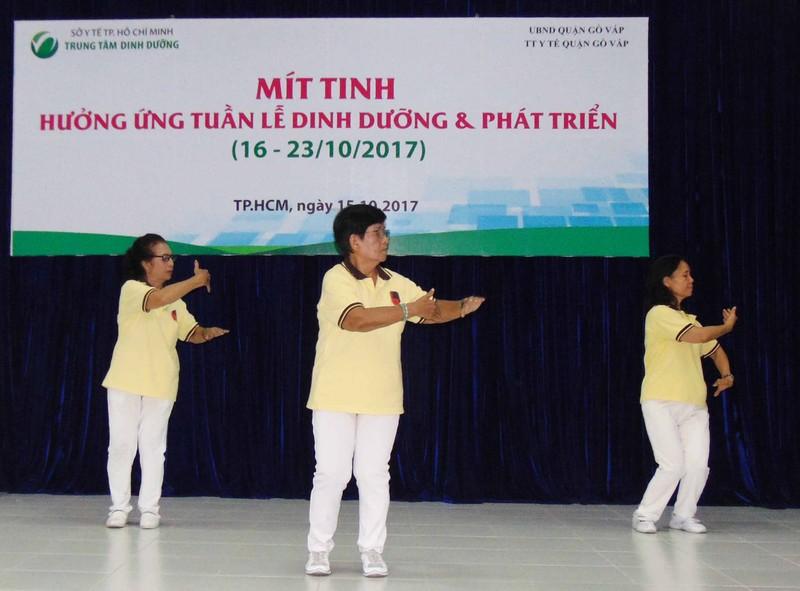 3 triệu người Việt Nam có bộ xương 'đụng tí là gãy' - ảnh 1