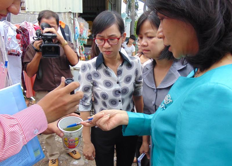 Nhớ chuyến đi chống dịch của bà Nguyễn Thị Thu  - ảnh 1
