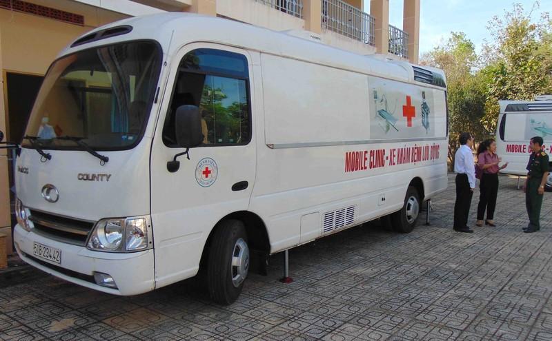 Nhiều cơ sở y tế TP.HCM đóng góp nguồn lực cho BV dã chiến - ảnh 2