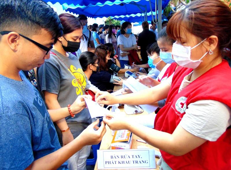 Hiến máu cứu người trong mùa dịch COVID-19 - ảnh 2