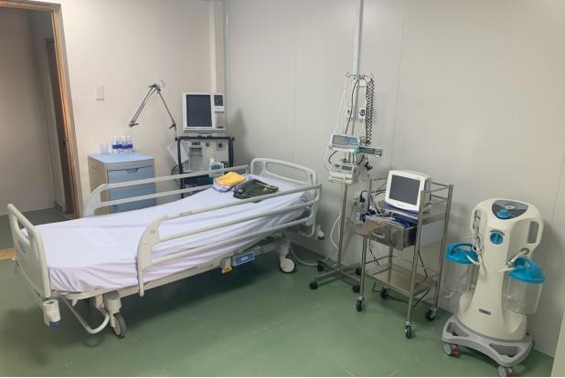 Bệnh viện dã chiến có phòng cách ly áp lực âm trị COVID-19 - ảnh 1