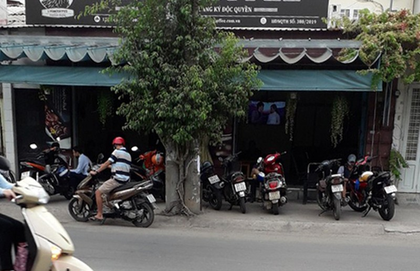 Lo ngại các quán ăn đông người trong mùa dịch COVID-19 - ảnh 2