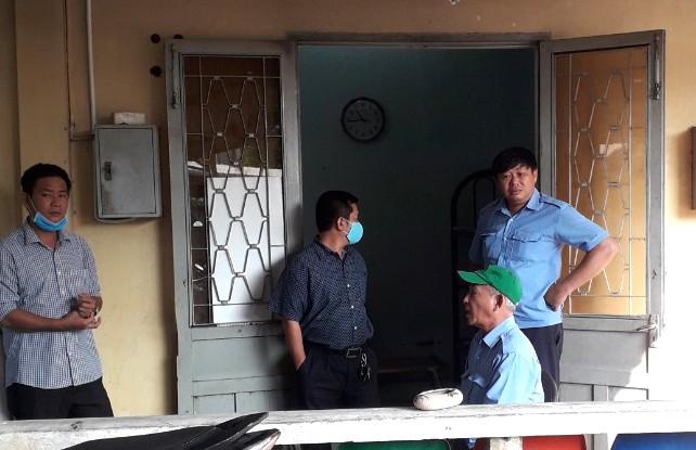 Nhiều người trong BV ở Hóc Môn không đeo khẩu trang - ảnh 3