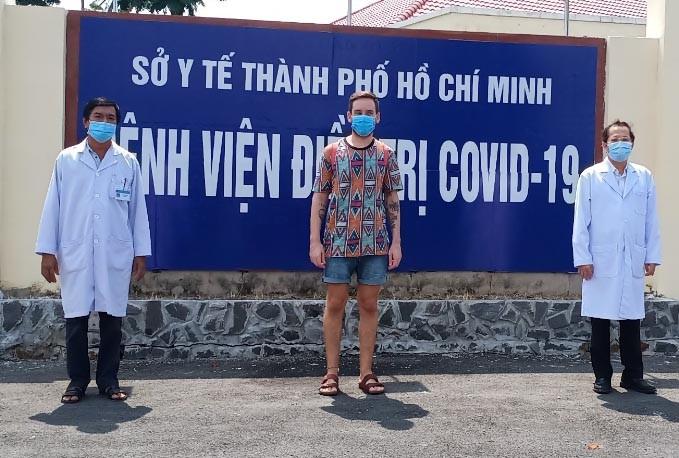 Bệnh nhân COVID-19 cuối cùng điều trị ở Cần Giờ đã khỏi bệnh  - ảnh 1