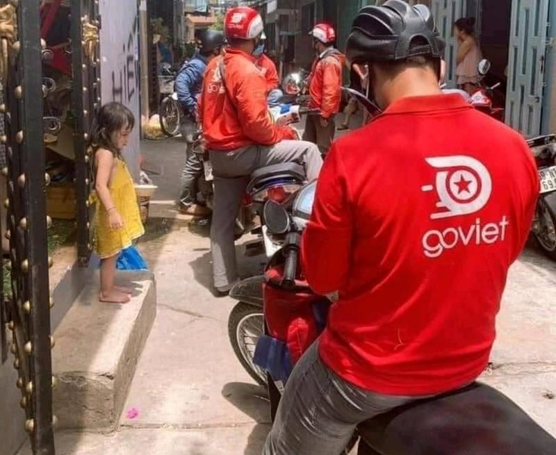Nhiều tài xế bị 'bom' hàng giữa mùa dịch COVID-19 - ảnh 1