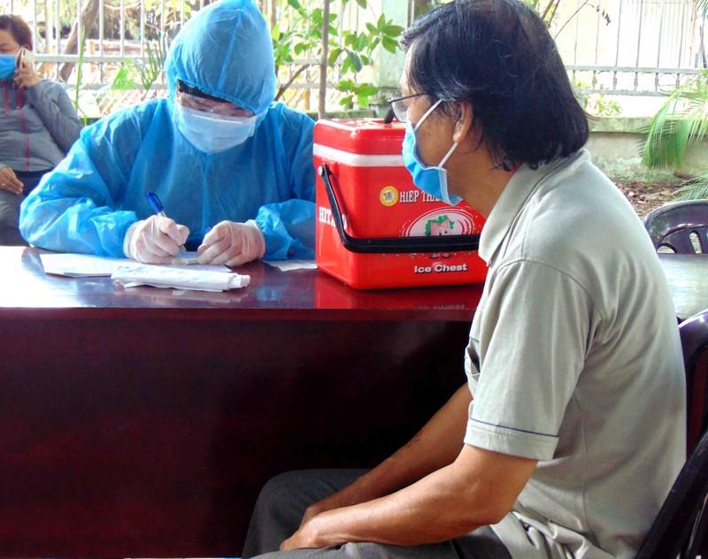 Người từ Đà Nẵng đến TP.HCM phải khai báo y tế  - ảnh 1