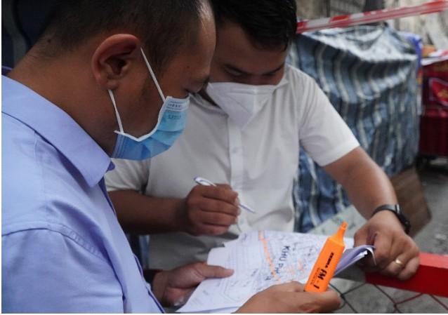 Khu phong tỏa hẻm 120 Trần Hưng Đạo, quận 1 có thêm 4 ca nhiễm COVID-19 - ảnh 1