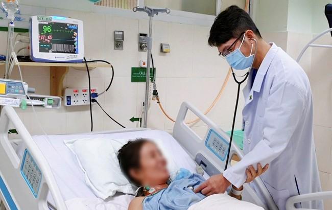 Suýt chết do uống thuốc dân gian ngừa COVID-19 - ảnh 1