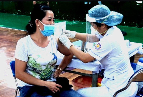 Hơn 94% người trên 18 tuổi ở quận 11 đã tiêm mũi 2 vaccine ngừa COVID-19 - ảnh 1
