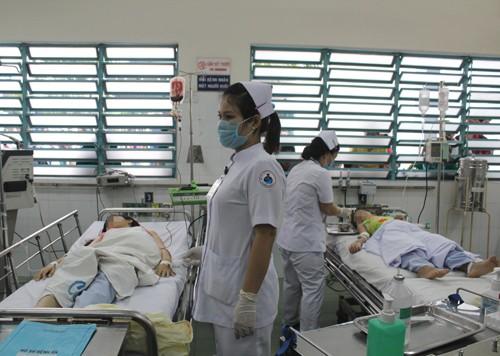 Chậm phát hiện sốt xuất huyết, trẻ bị cô đặc máu - ảnh 1