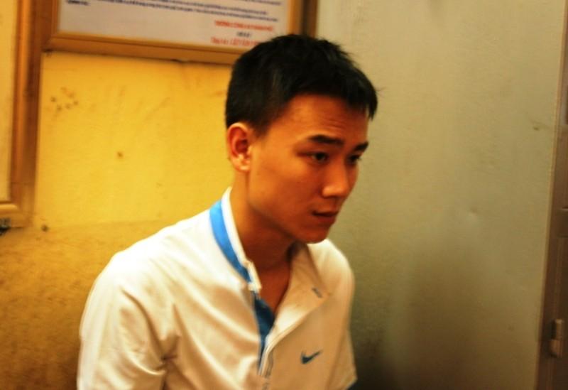 Khởi tố vụ án, bắt giam nam thanh niên hạ gục CSGT trên đường - ảnh 1