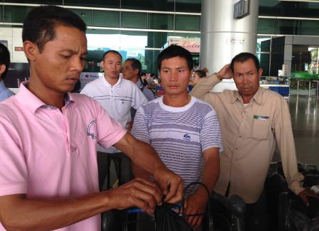 25 lao động Việt Nam từ Lybia đã về nước - ảnh 1