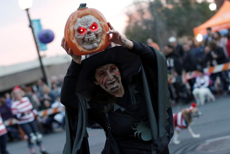 Sắc màu ma quái của lễ Halloween trên khắp thế giới - ảnh 3