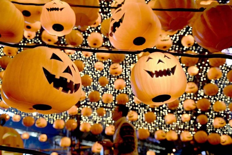 Sắc màu ma quái của lễ Halloween trên khắp thế giới - ảnh 5