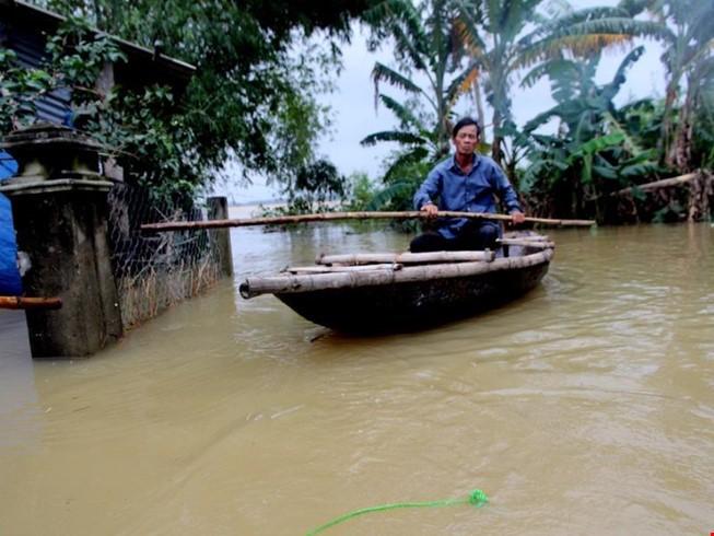 Đã tìm thấy 2 nạn nhân trong vụ lật ghe ở Quảng Nam - ảnh 1