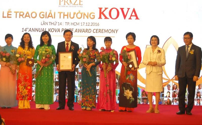 Cụ ông 26 năm viết thư ở Bưu điện TP.HCM nhận giải KOVA - ảnh 3