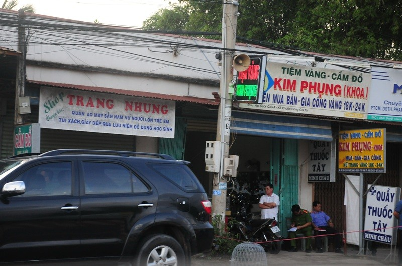 Nhân chứng kể lại vụ cướp tiệm vàng táo tợn ở Tây Ninh - ảnh 1