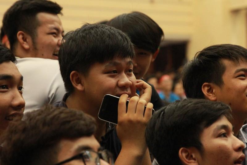 Hàng ngàn CĐV 'tiếp sức' cho đội tuyển U23-Việt Nam - ảnh 12