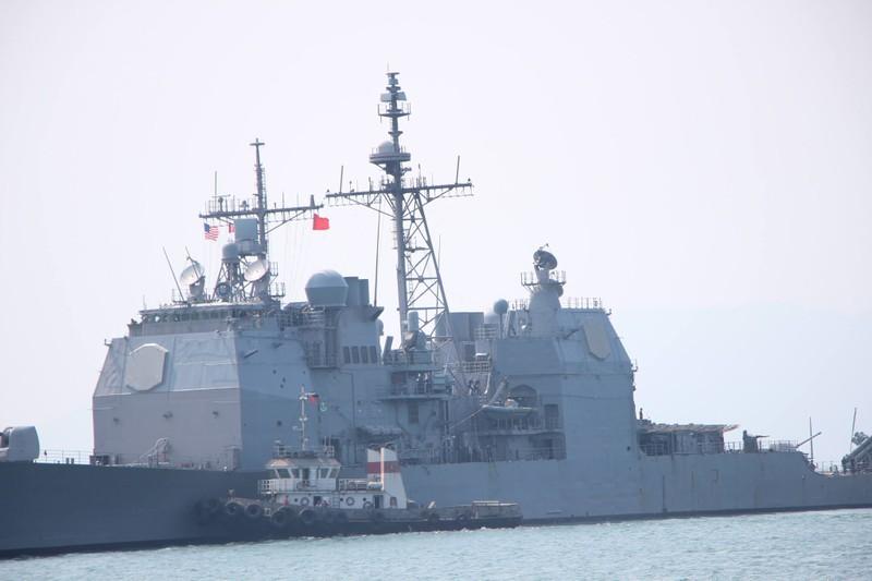 Tàu hộ tống của hải quân Mỹ đang tiến vào cảng Tiên Sa - ảnh 10