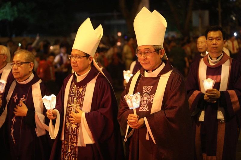 Trực tiếp lễ rước Đức Tổng Giám mục Phaolô Bùi Văn Đọc - ảnh 7