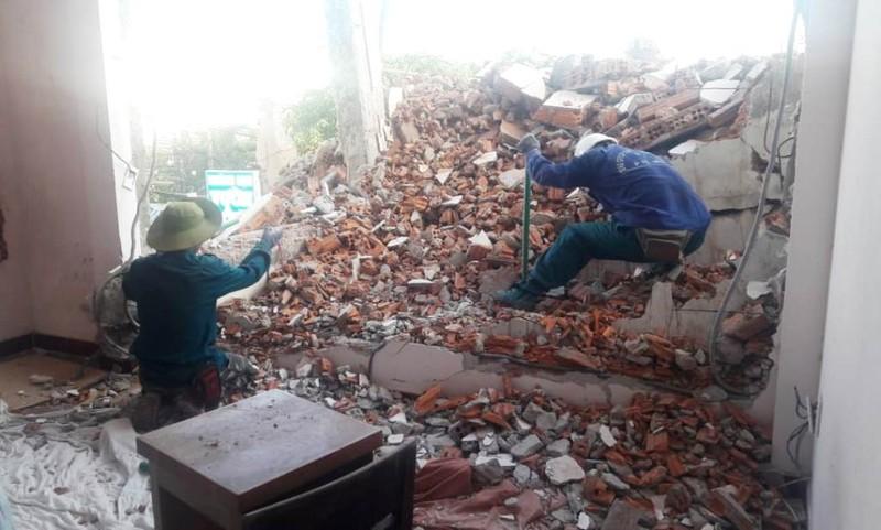 Thông tin mới vụ dỡ khách sạn gây sập nhà dân ở Đà Nẵng - ảnh 1