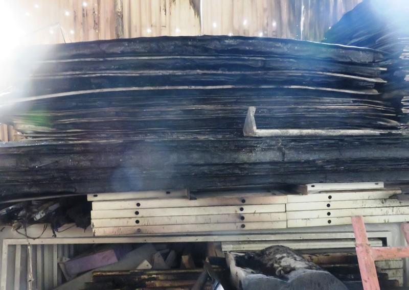 Cháy nhà máy sản xuất kết cấu thép, nhiều người tháo chạy - ảnh 2