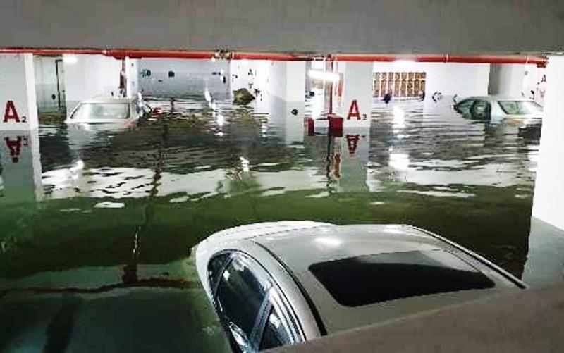 Đà Nẵng: mưa lớn kéo dài khiến hầm chui, chung cư ngập nặng - ảnh 5