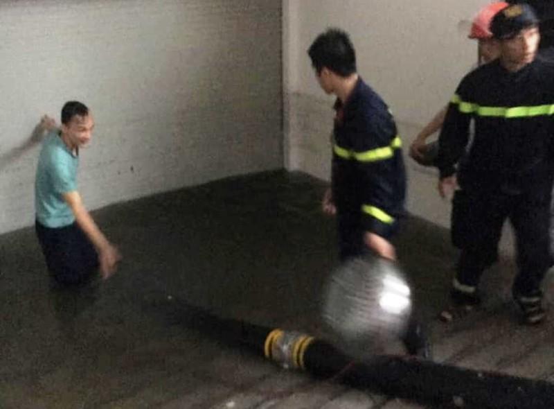 Đà Nẵng: mưa lớn kéo dài khiến hầm chui, chung cư ngập nặng - ảnh 6