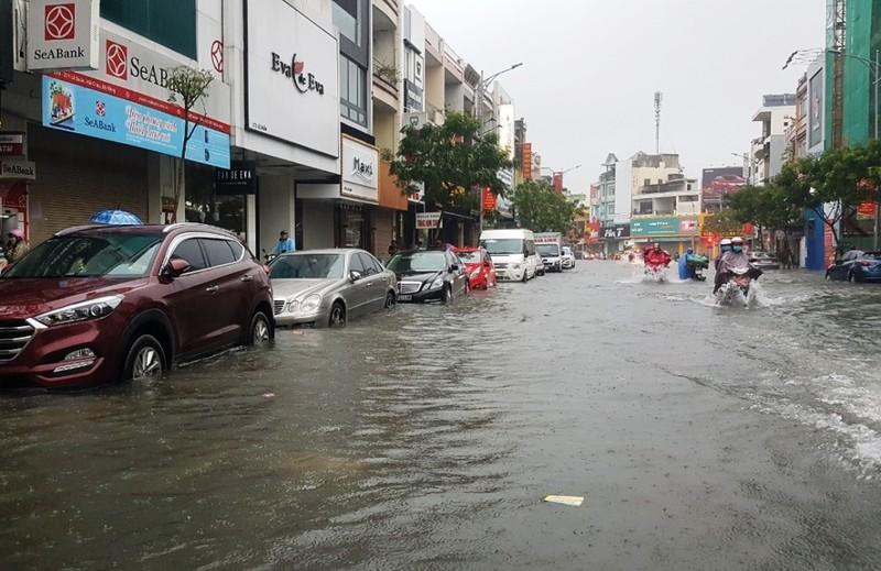 Đà Nẵng: mưa lớn kéo dài khiến hầm chui, chung cư ngập nặng - ảnh 3