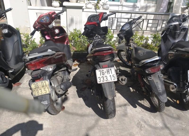 Bị can tại ngoại cạy cốp hàng loạt xe máy trong bệnh viện - ảnh 2