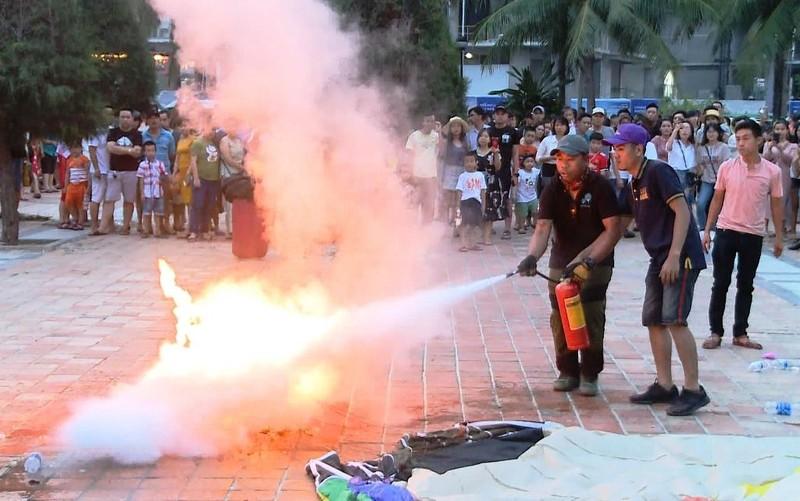 Khinh khí cầu bốc cháy ở Đà Nẵng, nữ phi công bị bỏng nhẹ - ảnh 2