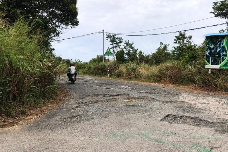 Cận cảnh những đoạn nguy hiểm của đường lên Sơn Trà - ảnh 12