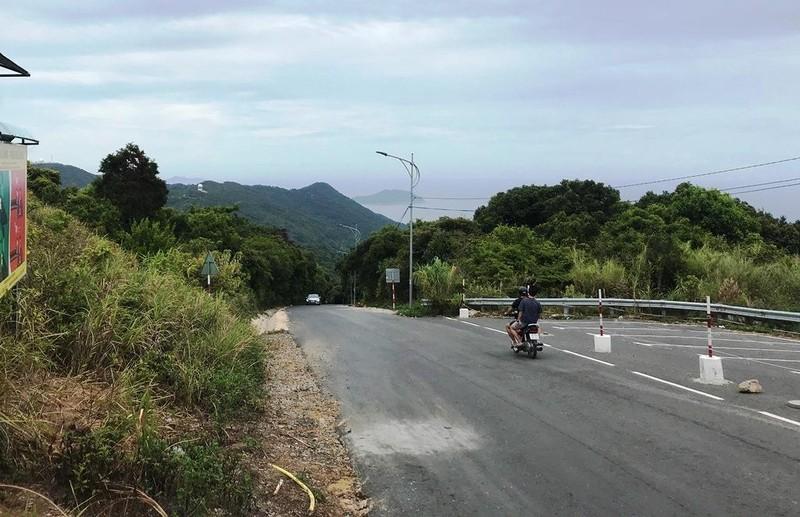 Cận cảnh những đoạn nguy hiểm của đường lên Sơn Trà - ảnh 11